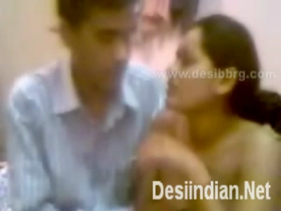 desi Boyfriend making nude video of GF for fun