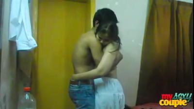 desi Indian Coule seducting video in hotel